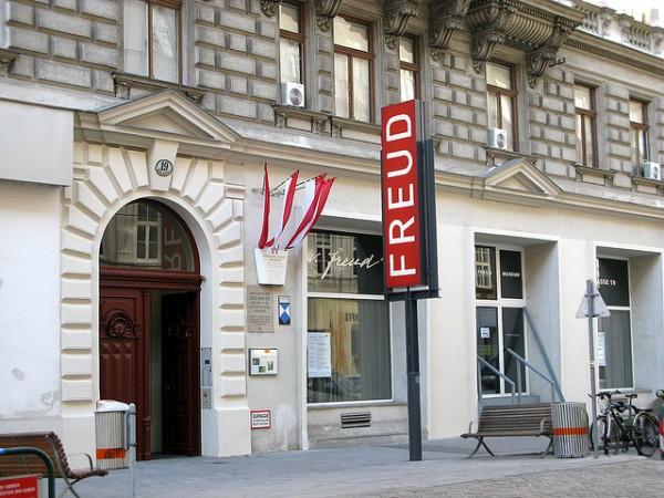 Freud-600x4501